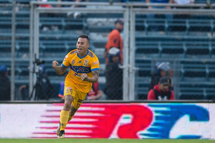 Tigres remonta y la liguilla peligra para el Cruz Azul gol-eduardo-varga...