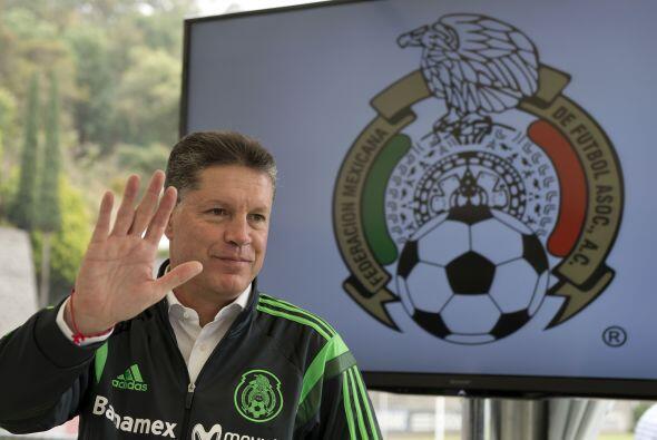 Peláez trabajará pegado a Miguel Herrera en la planeación de partidos y...