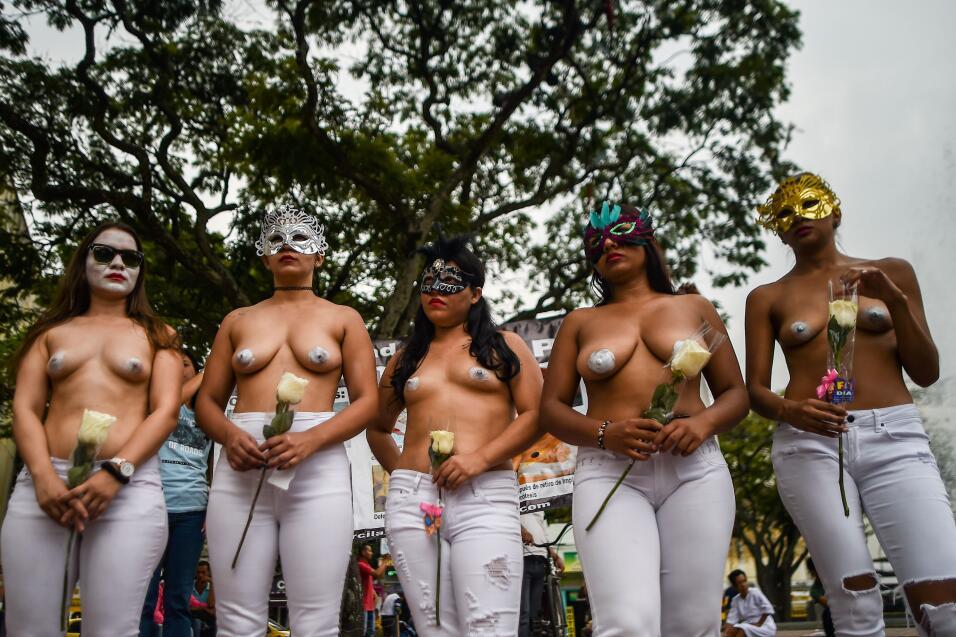 Colombia. Las mujeres colombianas marcharon para celebrar su día. En la...