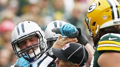 El arrebato del defensivo (AP-NFL).