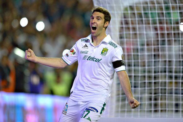 Mauro Boselli de León, un jugador que siempre está peleando el título de...