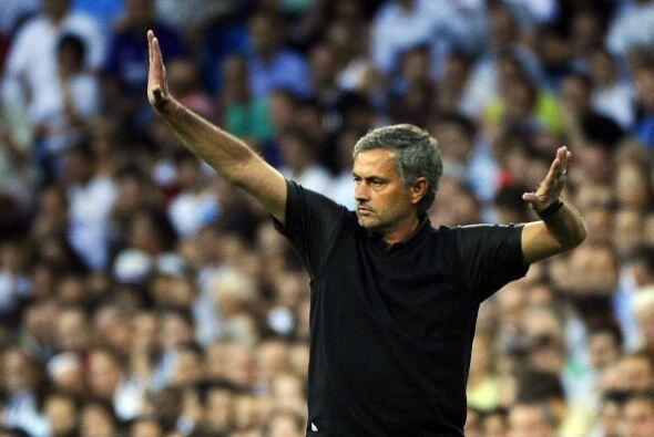 Y es que en el fútbol se dan muchos tipos de bailes. Aquí Mourinho nos e...