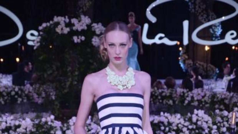 El diseñador presentó en México su nueva colección primavera-verano 2013.