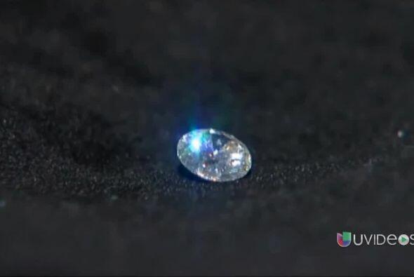 Anciana de 80 años se tragó un diamante valorado en $5,000...