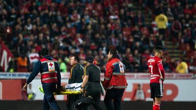 Triunfo y liderato agridulce de Pachuca tras perder por lesión a Hirving Lozano