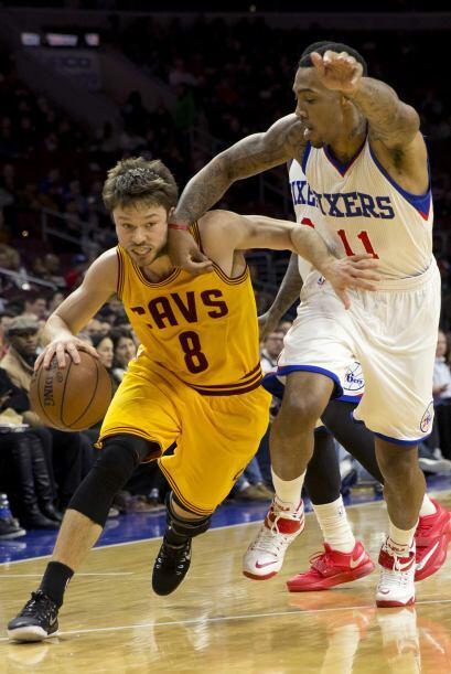 5 de Enero - Cavaliers (19-16) pierden 92 - 95 con 76ers (5-28). Tony Wr...