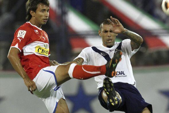Vélez jugó desde los 52 minutos con un hombre menos por expulsión del ju...