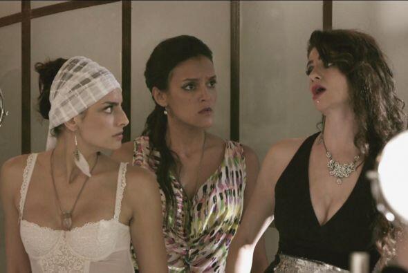 Margaret le escogió el vestido de novia a Natasha.