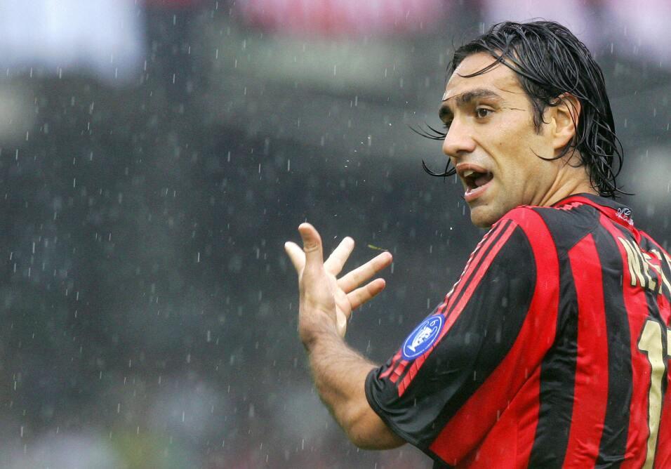 Defensa: Alessandro Nesta de la edición FIFA 2005. Tenía u...