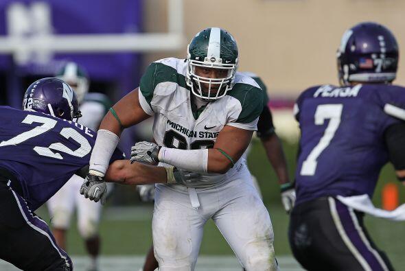 Tackles defensivos: 2. Jerel Worthy, Michigan State - Altura: 1.91 m - P...