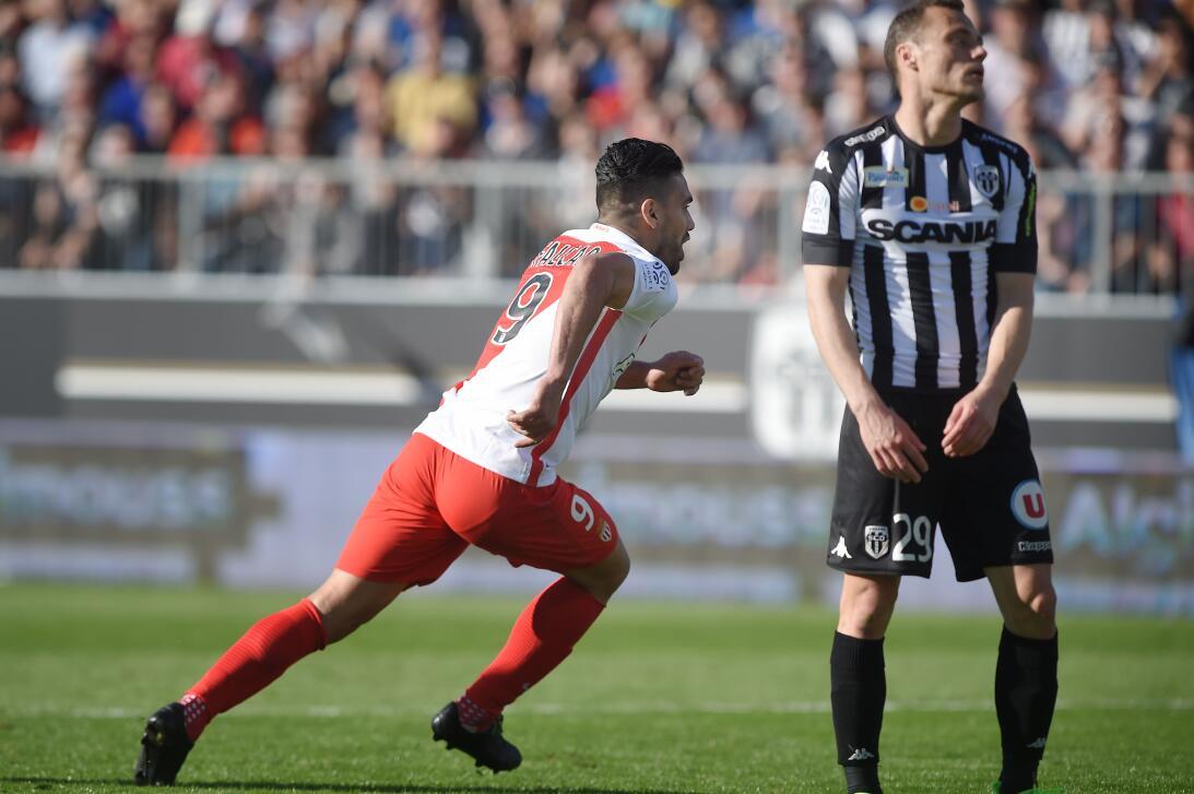El duelo del gol entre Falcao y Aubameyang en los cuartos de final de Ch...