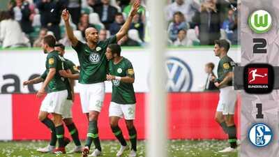 El Wolfsburgo aulló y derrotó al Schalke con una polémica intervención del VAR