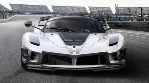 Ferrari ferrari-fxx-k-evo-2018-1280-07.jpg