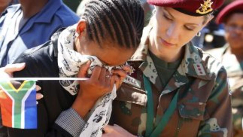 El júbilo inicial por el legado de Nelson Mandela se desvanece ante el d...