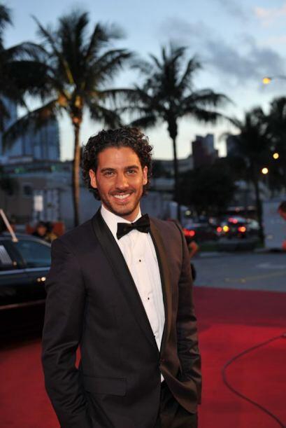 Erick Elías, hay que agradecer también a este guapo que llegó solito, pa...