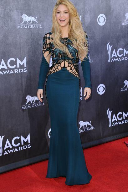 Ni se nota que es mamá. Los años le han caído de maravilla a Shakira.