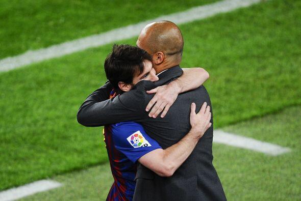 Con cuatro goles, Messi llegó a 50 goles, sí, 50 goles en la presente ca...