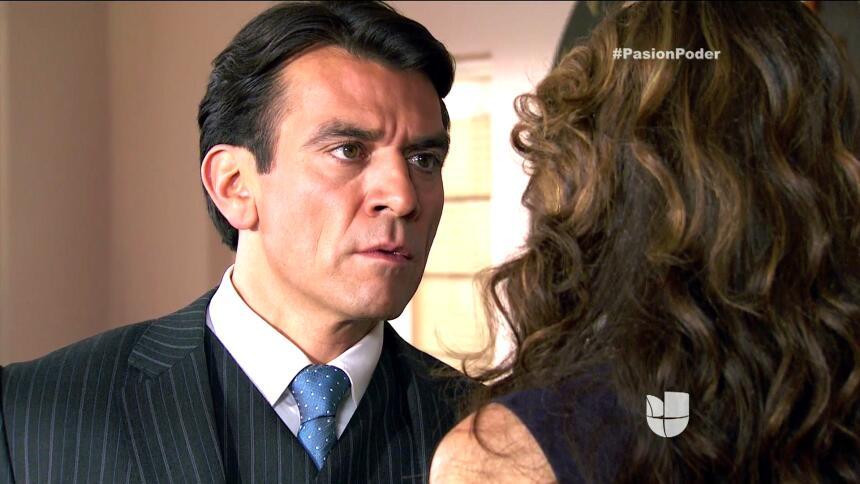 ¡Julia le confesó su secreto a Arturo! BF561A115ED04DF4B343E05E26B59B09.jpg