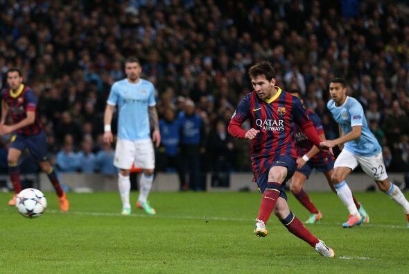 Messi fue el encargo de patear la pena máxima.