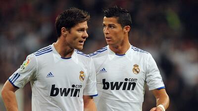 Cristiano Ronaldo y Xabi Alonso serán enjuiciados el martes por defraudar al fisco español
