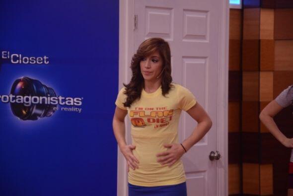 Laura eligió la amarilla que dice que está haciendo la dieta del flan. Q...