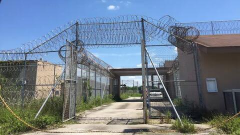 Entrada de lo que fuera la Indian River Correctional Institution en Vero...