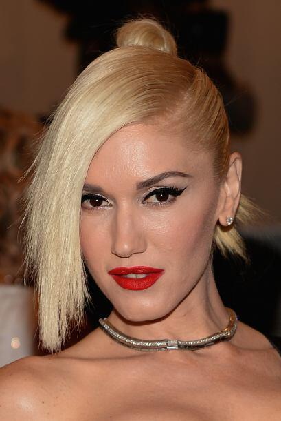 Gwen Stefany, sexy, muy en su estilo y su papel y sí cumplió con el home...