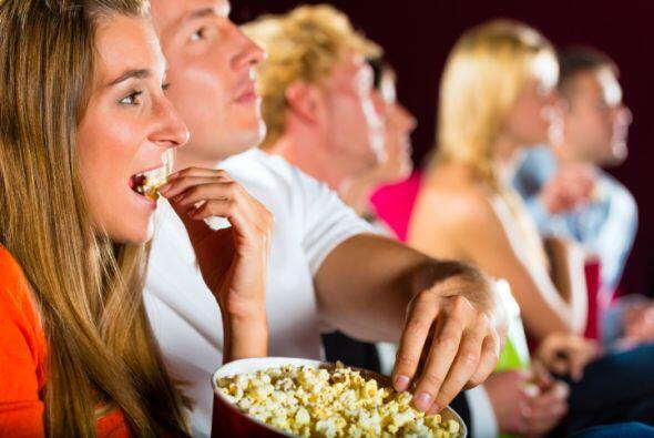 5.Mira una película: el 4 de julio es históricamente uno de los días en...