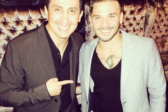 De fiesta con el talentoso Pedro Capo.