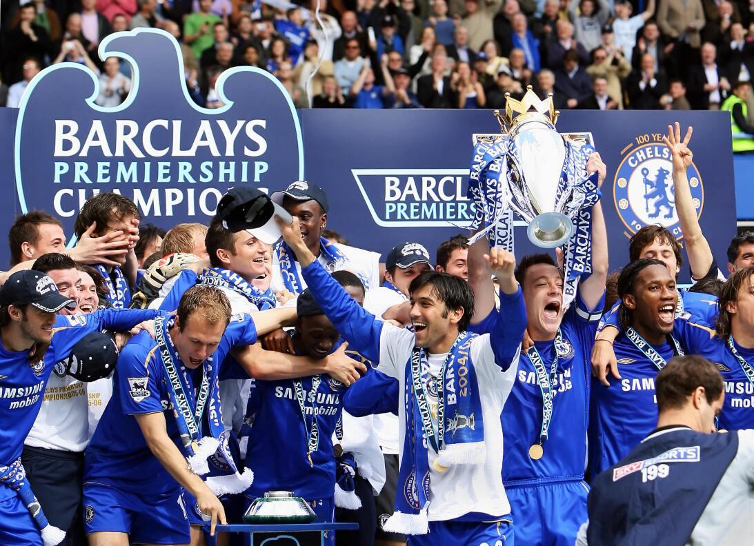 4. Chelsea (2005/2006) - 91 puntos y +50 en diferencia de gol. Fueron ca...