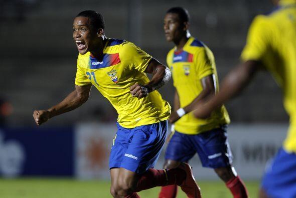 Los Tuzos han volteado al fútbol ecuatoriano para hacerse de refuerzos,...