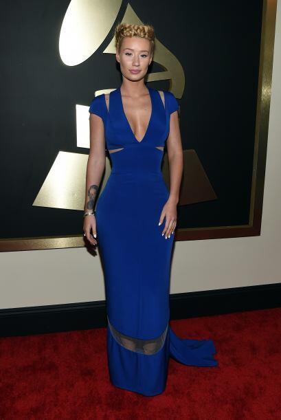 El vestido Armani Privé de Iggy Azalea simplemente maravilloso, pero esa...