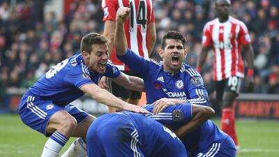 Chelsea ganó de último minuto
