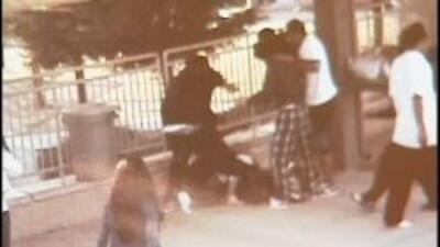 La golpiza del estudiante de secundaria de Vallejo fue captada en video.