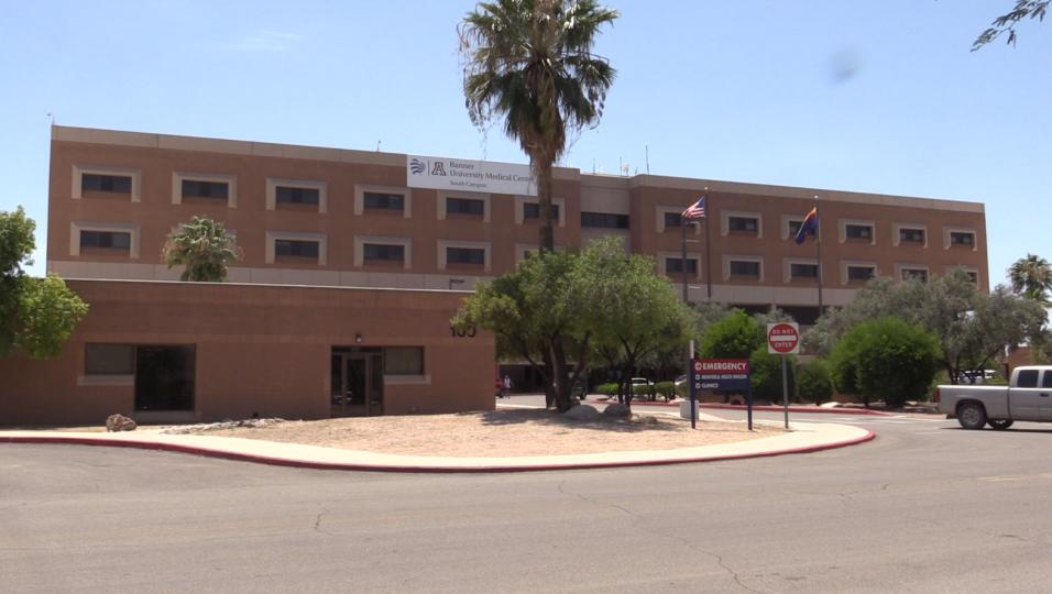 Aaron Díaz, fue internado en un hospital hace 16 días a ca...