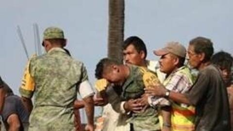 The image of a soldier in tears has gone viral after Marco Gil published...