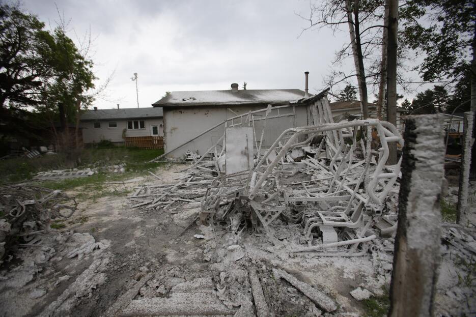 El regreso a la ciudad fantasma de Fort McMurray tras el incendio GettyI...