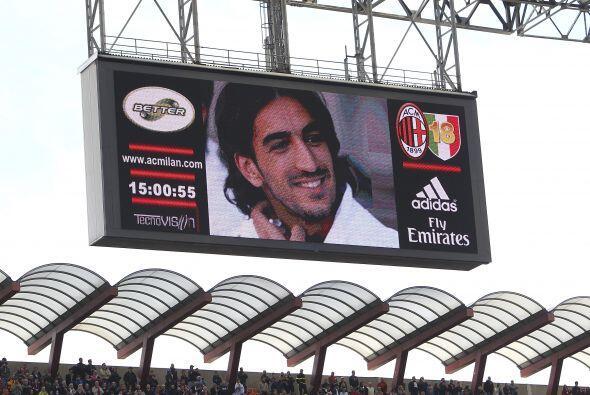 En su partido ante el Bolonia, se recordó al fallecido Piermario Morosini.