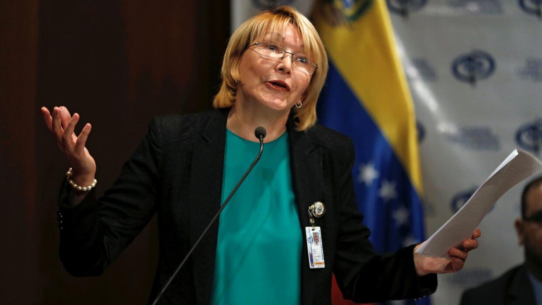 El Tribunal Supremo de Justicia de Venezuela prohíbe a la fiscal general...