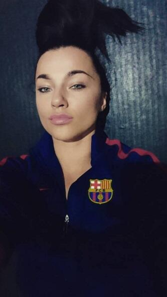 La espectacular irlandesa, Kasia Halela, es gran fanática del Barcelona...