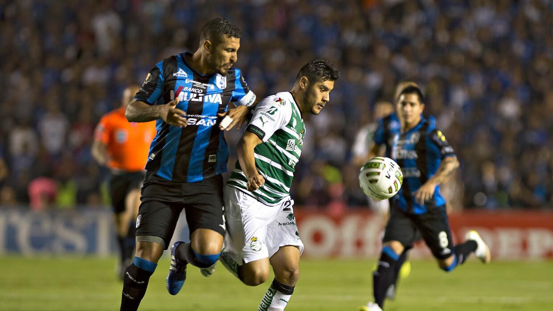 Gallos vs Santos Clausura 2015