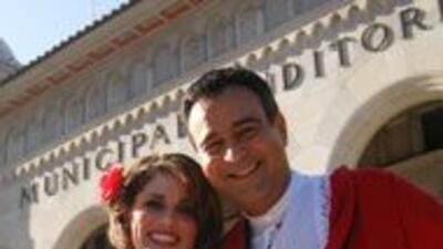 Jorge Nuñez y Brenda Jiménez presentadores de Noticias 41.