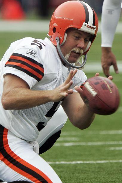 Debido a razones de seguridad, la NFL prohibió el uso de máscaras de pro...