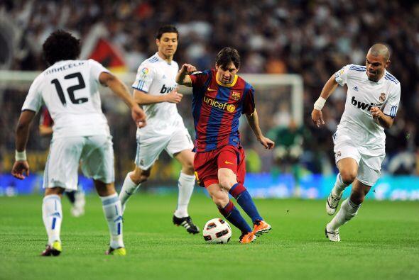 Messi desapareció en algún tramo del primer tiempo hasta una gran jugada...