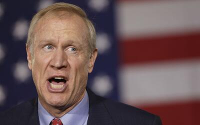 Gobernador de Illinois, dispuesto a trabajar por el presupuesto con la m...