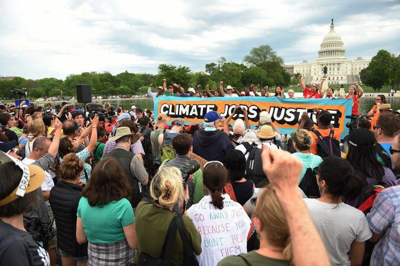 Para ganar la lucha contra el cambio climático, el movimiento ambiental...