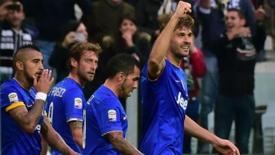 El español Llorente convirtió el segundo gol de la 'Vecchia Signora'. Vi...