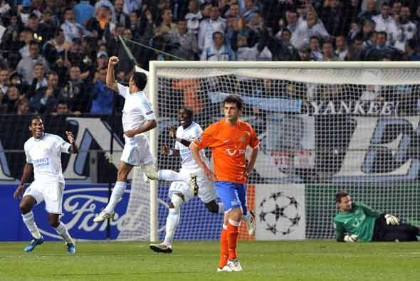En el mismo grupo, el Marsella goleó 6-1 al Zúrich y quedó al acecho del...