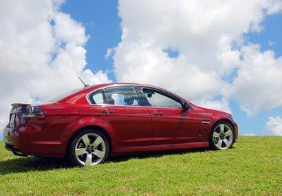El Pontiac G8 GT es un sedán de alma americana pero con estilo europeo.
