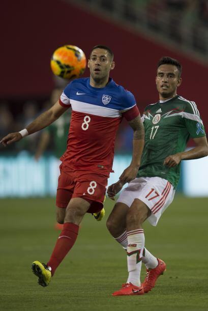 17 Jesús Zavala  Superado y lento. El contención de Rayados jugó a otra...